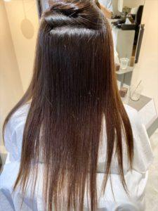 縮毛矯正のクセ伸ばす